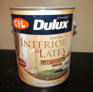 CIL Dulux Interior RED Paint - About 1/2 Gallon