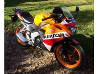 Honda CBR 125cc R Repsol Mark Marquez replica 2016 with only 680 miles from new learner legal