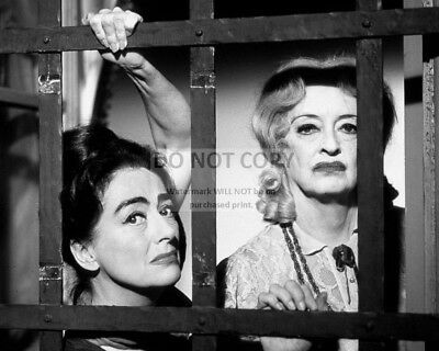 Joan Crawford Bette Davis  What Ever Happened To Baby Jane   8X10 Photo  Aa 389