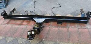 TOW BAR TOYOTA HILUX. Ringwood Maroondah Area Preview