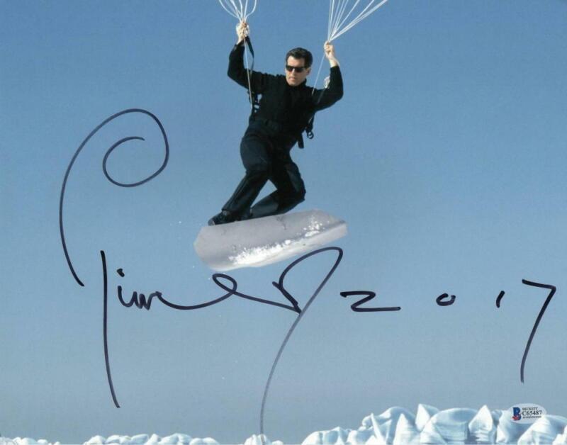 PIERCE BROSNAN JAMES BOND 007 SIGNED 11X14 PHOTO AUTHENTIC AUTOGRAPH BECKETT H