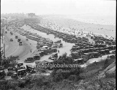 Photo. 1929. Sky View of Nantasket Beach - Autos & Crowds