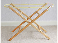 WOODEN MOSES BASKET STAND, FITS MOST BASKETS, EXCELLENT CLEAN CONDITION