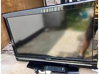 SHARP LCD TV MODEL: LC32D12E - PERFECT CONDITION INC REMOTE - £85 ONO