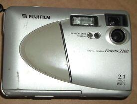 Fujifilm Finepix 2200 Digital Camera