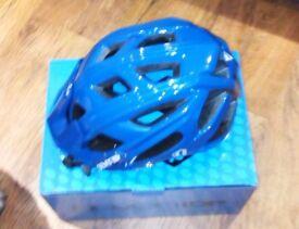 7 iDP M4 Helmet cycle, mtb, road