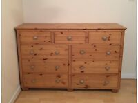 BEAUTIFUL PINE Chest of drawers (Quick sale required)