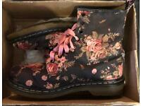 Air Wair rose flowers boots