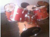 Drum Kit with Zildjian Hi hat cymbals