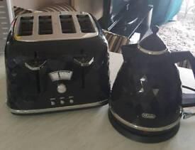 Delonghi brilliante kettle and toaster