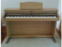 Roland Digital Piano HP-2e + stool + manual, full 88 key size, weighted keys.