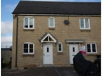 Modern 3 Bed house (Calne) with En Suite Master bedroom, Parking for 4 cars, Large Garden.