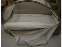 Samsonite popup bubble travel cot with Koo-di inflatable mattress and fitted sheet