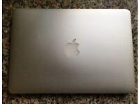 "Macbook pro retina 2015 model 13""-i5-2.7ghz-8ram-128ssd"