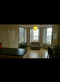 1 Modern Double Bedroom for rent