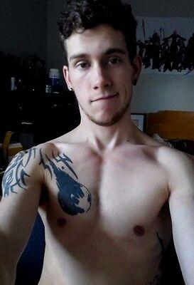 Shirtless Male Cute College Jock Tattooed Facial Hair Guy Dude PHOTO 4X6 (Guys Facial Hair)