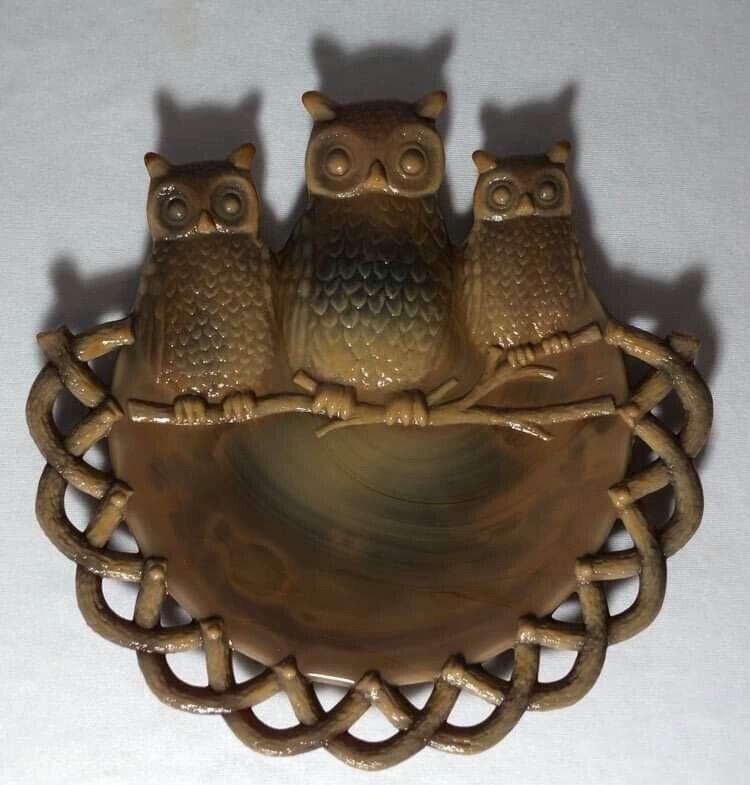 Rare Westmoreland Chocolate Or Caramel Slag Glass W/ Three Owls Plate