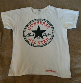White Converse All-stars T-shirt small