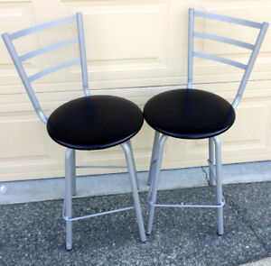 2 Bar Stools - Great Condition