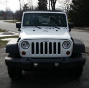 2013 Jeep Wrangler Sport 4WD 2DR
