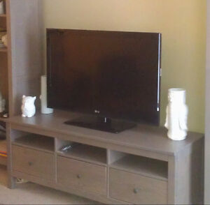 Ikea Hemnes TV Bench (VERNON, BC)