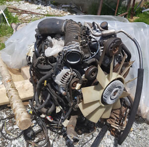 1993 Chevy S10 Transmission and Motor 4.3 $600