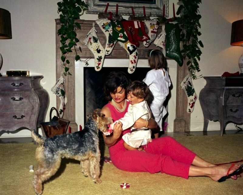 First Lady Jacqueline Kennedy with her children on Christmas Day New 8x10 Photo