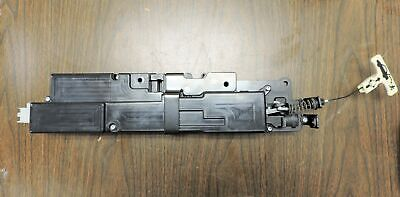 2005-09 Cadillac XLR Trunk Release / Pull Down Latch Module  Assembly  15227202
