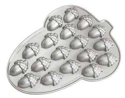 Nordicware MINI ACORN CAKELET PAN 18 Autumn NUT Shaped Cakes *Dip in Chocolate ()