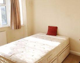 Double bedroom in Teddington High street. TW11