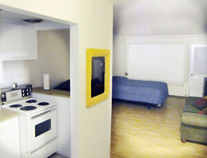 Dorval Monthly Apts,$975/monthly, furnished, no lease wifi incl West Island Greater Montréal image 5