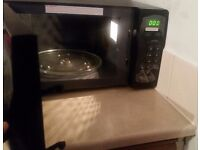 Delonghi black microwave