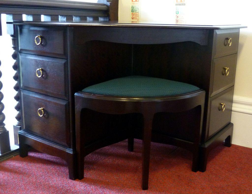 stag minstrel rare corner dressing table office desk. Black Bedroom Furniture Sets. Home Design Ideas