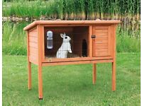 Outdoor small hutch