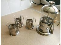 Cafetiere with 3mugs