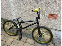 Verde eon bmx brand new condition gold/black lightweight bmx high quality