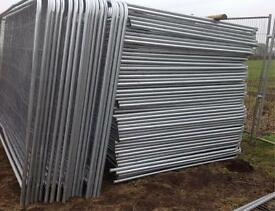 Round Top Temporary Heras Style Fence Panels *New*
