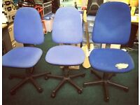 3 blue office chairs on wheels, adjustable height - FREE