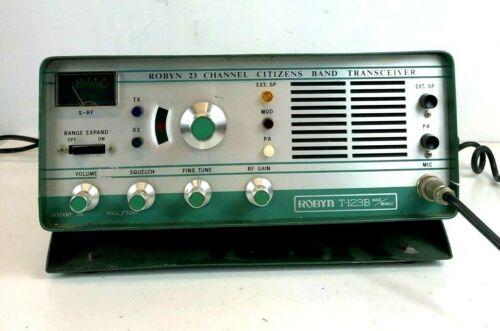 Vintage ROBYN T-123B CB Transceiver Radio Green 23 Channel w/ Microphone WORKS!
