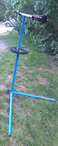 Park Tool PCS-9 Home Mechanic Service/Repair Stand