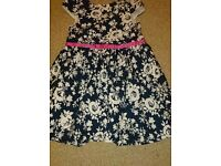 Girls flowery dress 6-7 years
