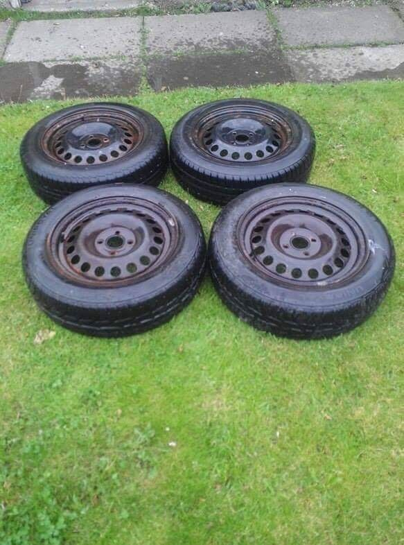 Steel wheels, nearly new tyres 185/65/15