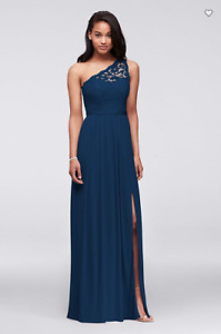 Long One Shoulder Lace Bridesmaid/Prom/Formal/Grad Dress Size 0