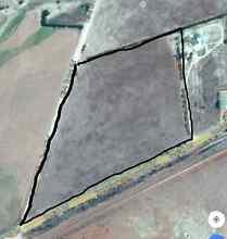 Land ! land ! land ! land ! @ peterborough ..south australia. Penrith Penrith Area Preview