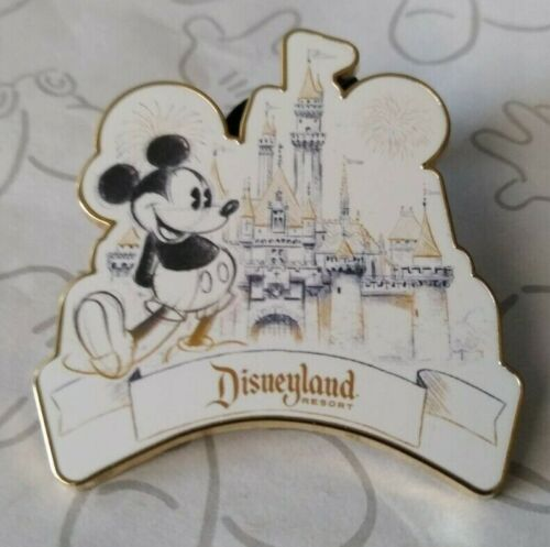 Mickey Mouse and Castle Disneyland Resort DLR Sketch 2019 Disney Pin 133108