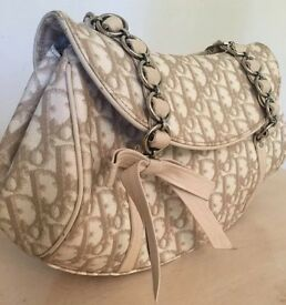 Christian Dior bag on sale 100% AUTHENTIC