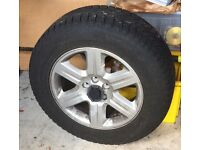 1 Freelander'12 GoodYear Tyre and Alloy wheel 235/85R 17