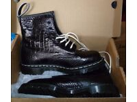Black leather Doc Martens in size 8