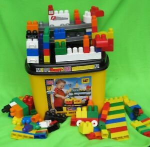Mega Bloks CAT Work Bench and 100 extra Bloks
