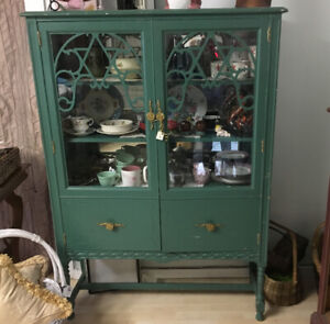 Awesome Vintage Green Cabinet /Cupboard